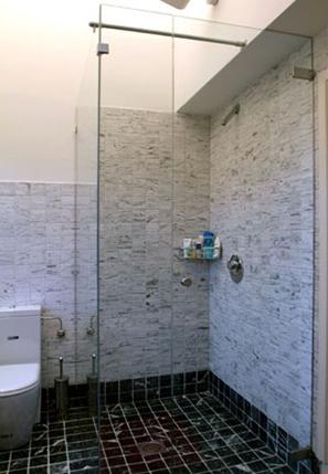 Badkamer en keuken douchewanden